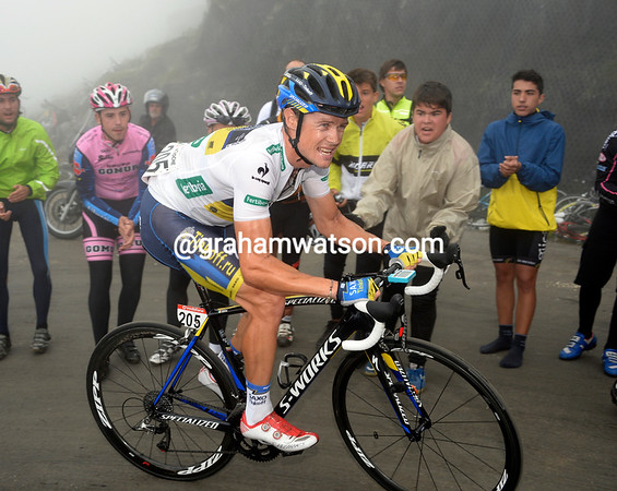 "Nicholas Roche has had an awful day - he'll lose 3' 42"" but still hang on to 5th place overall..."