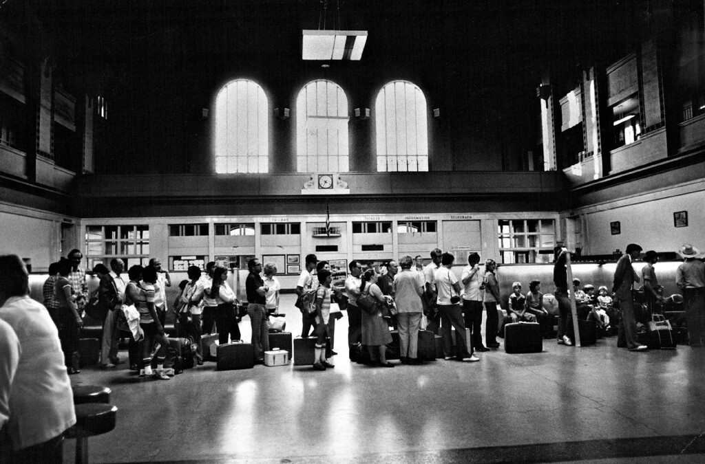 . Waiting passengers in 1980.  (Photo by John Prieto/The Denver Post)