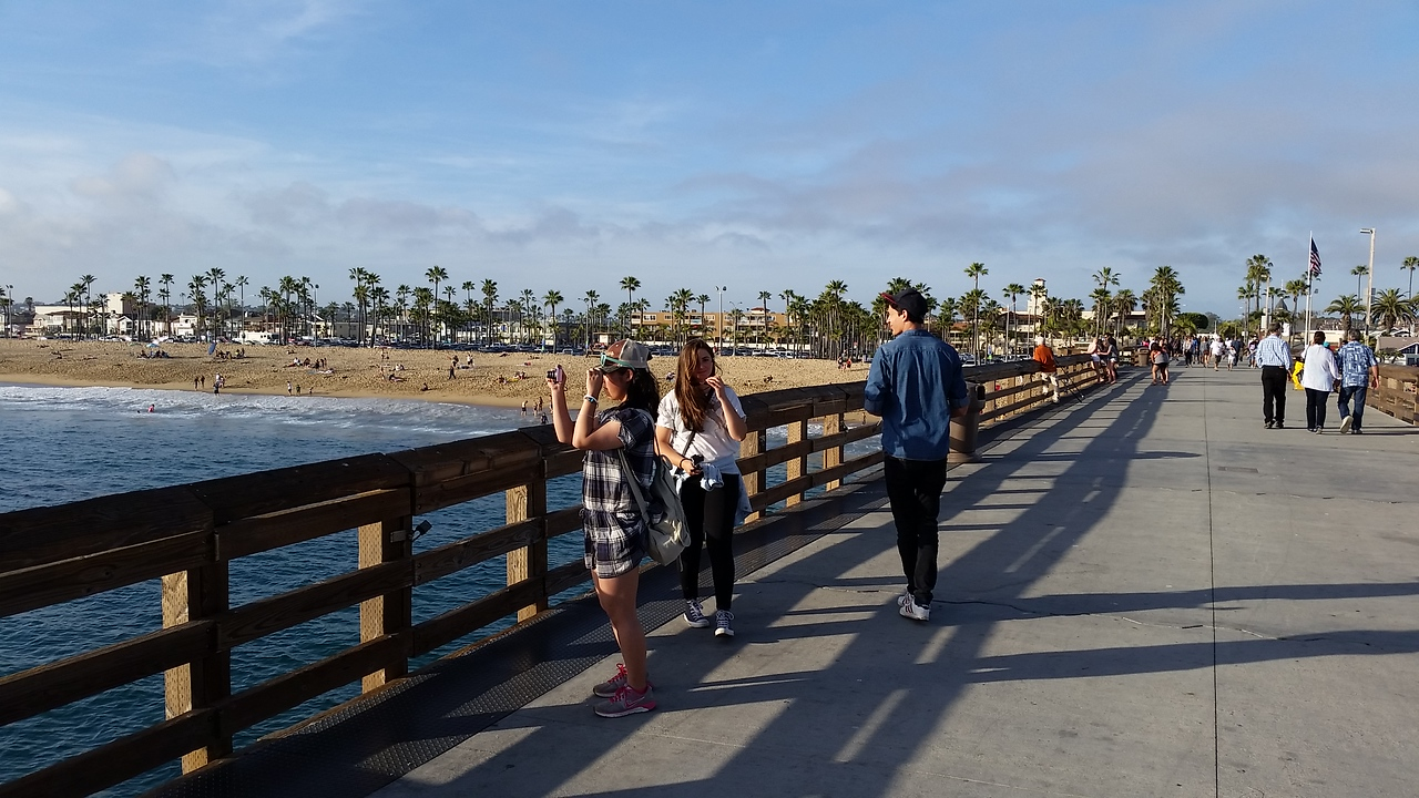 Cedric, Valentina and Rio in Newport Beach, California