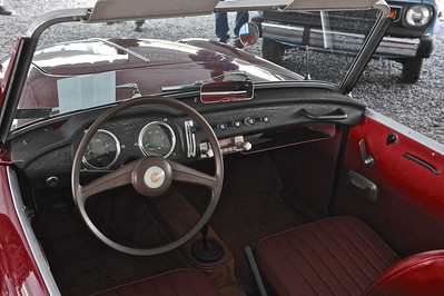 1961 Datsun 1200 Fairlady Interior