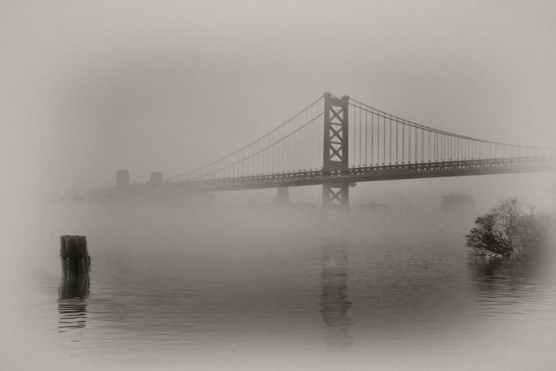 Ben_bridge_fog