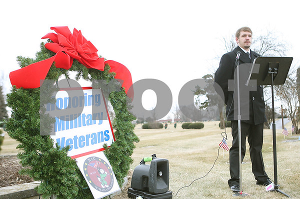 dnews_1220_VeteranWreaths1