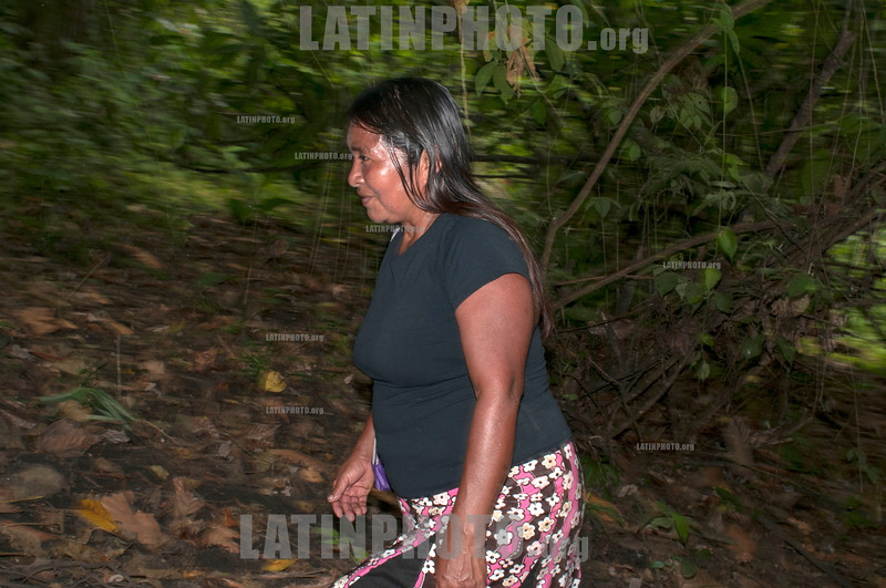 COSTA RICA-Cabecar woman