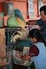 Mexico - San Mateo Macuilxochitl - Oaxaca : En esta comunidad Zapoteca conservan la tradición que cada dia 3 de Mayo , la comunidad sube al cerro para hacer cantos y bailes celebrando el dia de la Santa Cruz y pidiendo a los dioses por una buena temporada de lluvia y cosecha / Mexiko : Mais © Carlo Echegoyen/LATINPHOTO.org