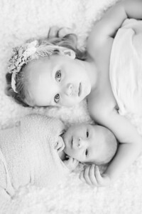 CAP-2014-hudson-neumark-newborn-BW-1037
