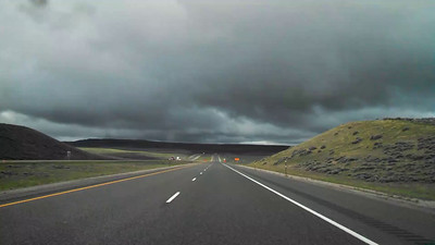 Video: Somewhere on I-80 in Wyoming, between Cheyenne and Rock Springs