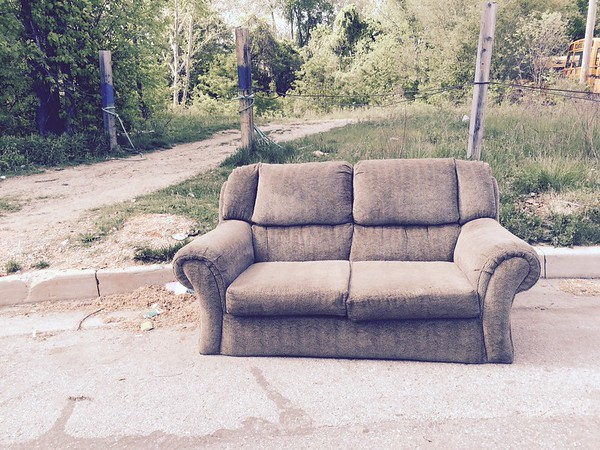 5/9/2015, Jon Merryman, Patapsco Watershed, Baltimore County,  at the end of Hollins Ferry Rd, reported a tossed sofa to Baltimore County for pick up.  Estimated weight 100 pounds.