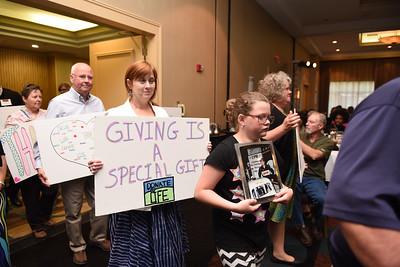 2016 Lifeshare Donor Family Ceremony-116
