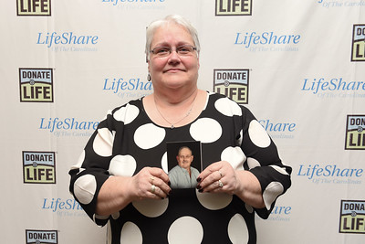 2016 Lifeshare Donor Family Ceremony-136