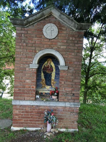 Roadside shrine outside Montalcino