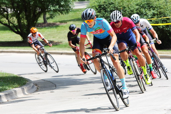 Cat 3 - Intelligentsia Cup Series Tour of Lake Ellyn 2018