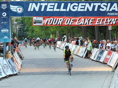 Cat 4/5 - Intelligentsia Cup Series Tour of Lake Ellyn 2018