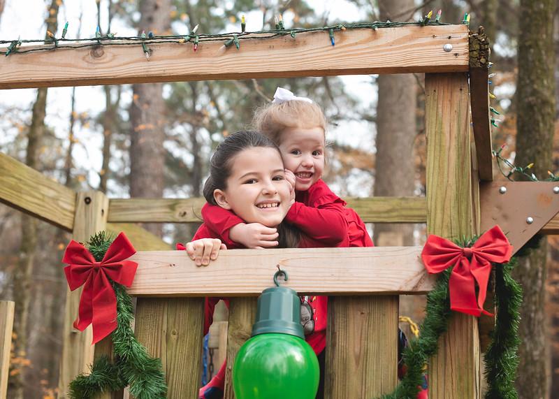 2019-Santa-and-Christmas-Trees-8