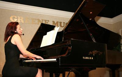 Я Вам спою ,ешё на бис...San Diego. GREEN MUSIC. Svetlana Pikous. 2008