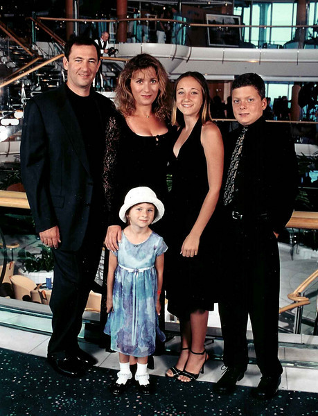 Отдых на корабле. Костя,Света,Женя и Ян.Впереди в белой шляпе Danielle ( Фуфа )