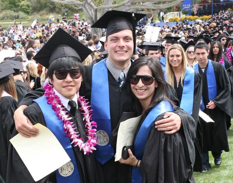 Мой внук Ян Мелентьев  закончил Университет в Санта Барбара.