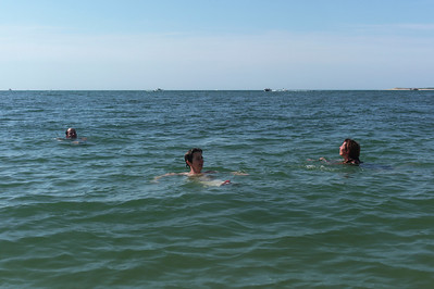 L'eau était fraichement froide.