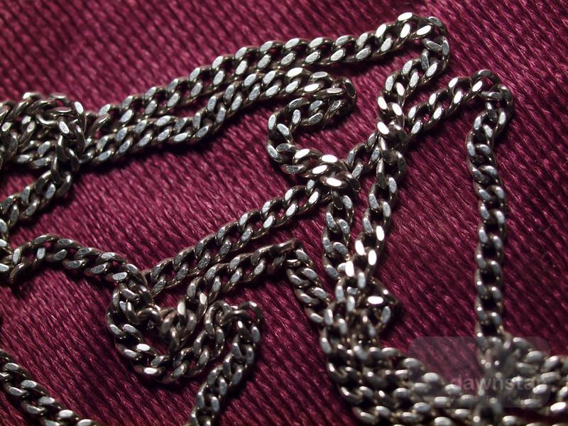 "<A HREF=""http://www.dawnstar.id.au/photography/365-before-thirty/day-115-chain-gang/"">Day 115 – Chain Gang</A>"