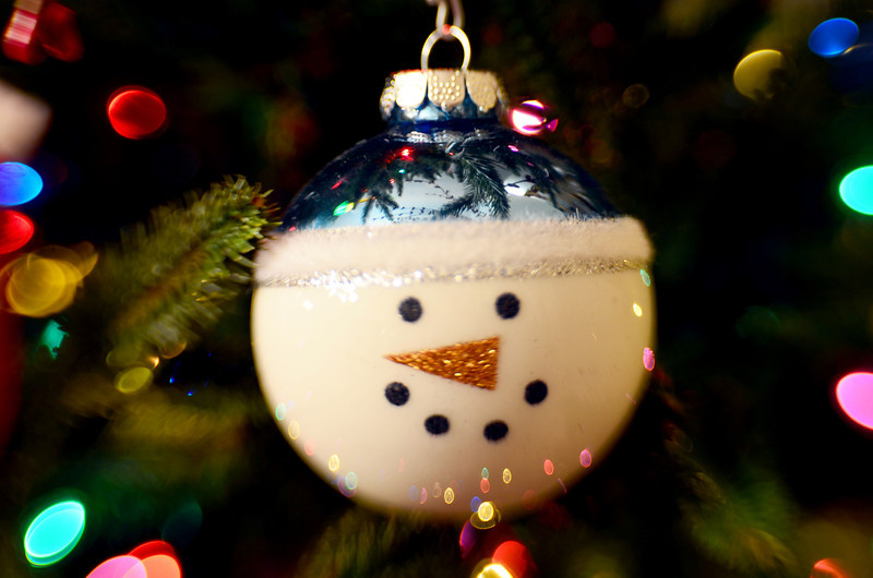 339/365-Just the snowman ornament