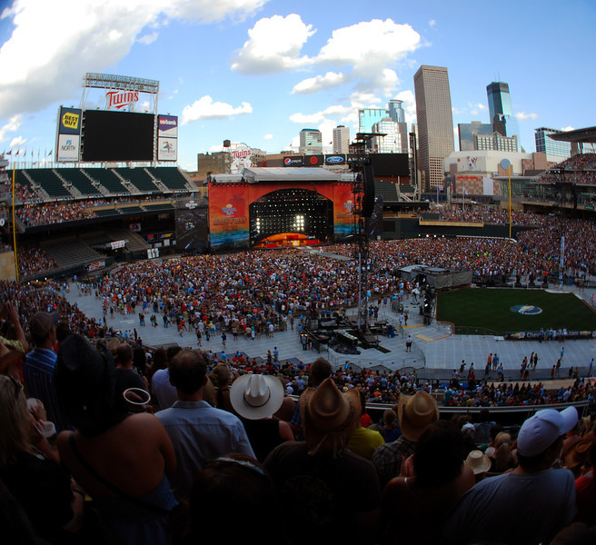 190/365 Kenny Chesney and Tim McGraw