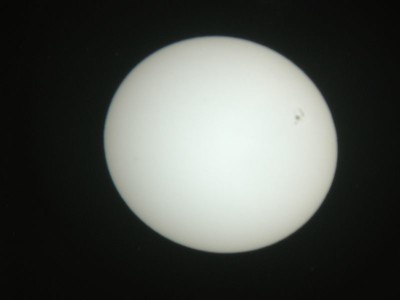 The image here is slightly out of focus. Simply moves the telescopes focuser in and out to get a sharp image. You can also try to focus by moving the sun screen closer and futher away from the telescopes eyepiece. Also note - try to use a simple Ramsden or equilvant 2 elelment eyepiece, to avoid possible heat issues within an expensive cemented eyepiece. In this case best is not better!