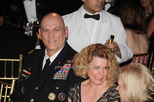 General Raymond T.Odierno, Linda Odierno<br /> photo by Rob Rich © 2009 robwayne1@aol.com 516-676-3939