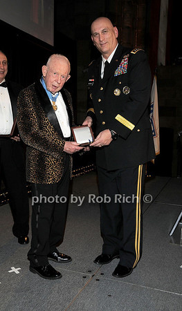 Medal of Honor recipient Col Bernard F. Fisher, General Raymond T.Odierno<br /> photo by Rob Rich © 2009 robwayne1@aol.com 516-676-3939