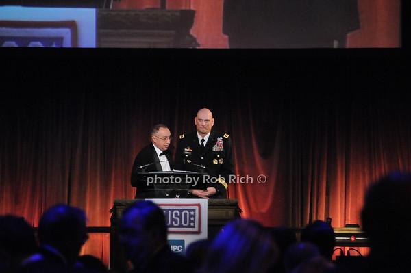 Stephen Sheffer, General Raymond T.Odierno <br /> photo by Rob Rich © 2009 robwayne1@aol.com 516-676-3939