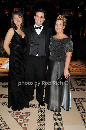 Stacey Wells, Holland Balfe, Christine Collucci<br /> photo by Rob Rich © 2009 robwayne1@aol.com 516-676-3939
