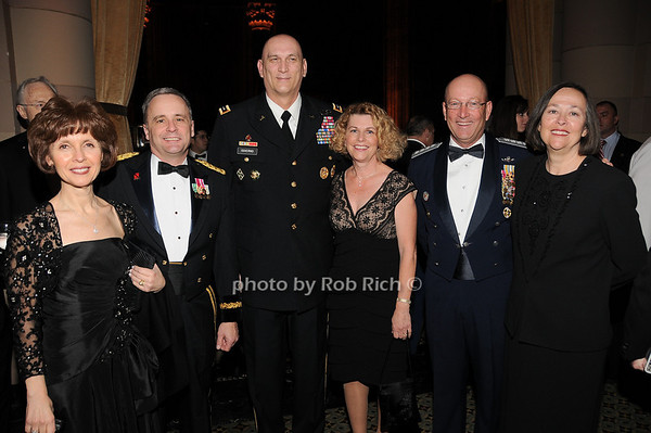 Patricia Monk, Maj. General William Monk, General Raymond T.Odierno,  Linda Odierno, Commander of NORAD Gene Renuart, Jill Renuart<br /> photo by Rob Rich © 2009 robwayne1@aol.com 516-676-3939
