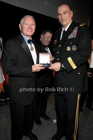 Medal of Honor recipient Col Leo K. Thorsness, General Raymond T.Odierno<br /> photo by Rob Rich © 2009 robwayne1@aol.com 516-676-3939