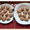 Turkey/chicken meatballs coated with a mixture of oat bran and wheat germ.