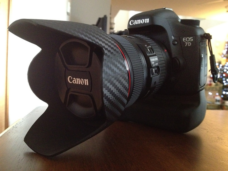 Week 1 - My new toy... Christmas present to myself... 7D + my cf wrapped hood on my 24-105 F4L