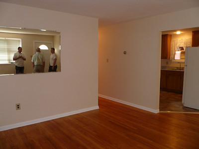 Living room, entrance to kitchen, and hallway