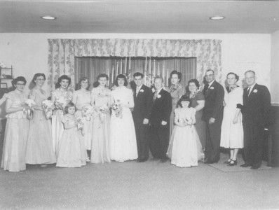 Wedding party of Norma Jean (Stone) Nebeker and Leon Gene Nebeker