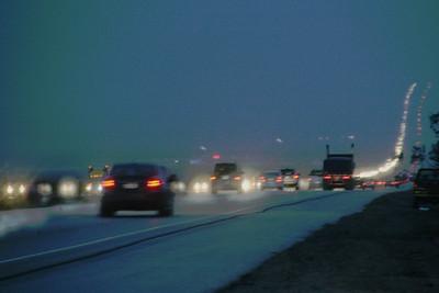 Снежно-дождливый ночной  Перевал.