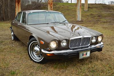 74 Jaguar XJ6 sedan