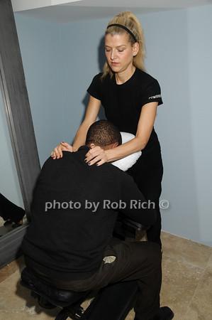 massage<br /> photo by Rob Rich © 2009 robwayne1@aol.com 516-676-3939