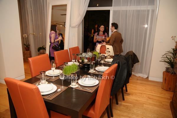 dining room<br /> photo by Rob Rich © 2009 robwayne1@aol.com 516-676-3939