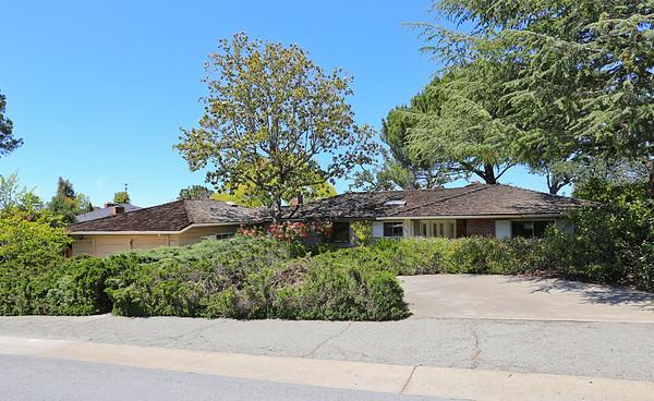 750 Sharon Park Dr Menlo Park CA 94025 | Jason & Maya Sewald