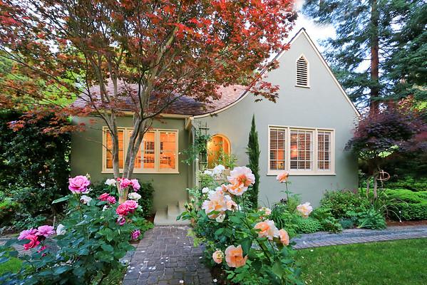 805 Harvard Ave Menlo Park CA 94025 | Dawn Thomas Team