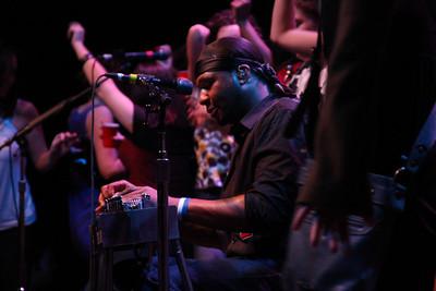 IMG_7512 Robert Randolph and the Family Band at 9:30 Club - Washington, DC 1/1/2009