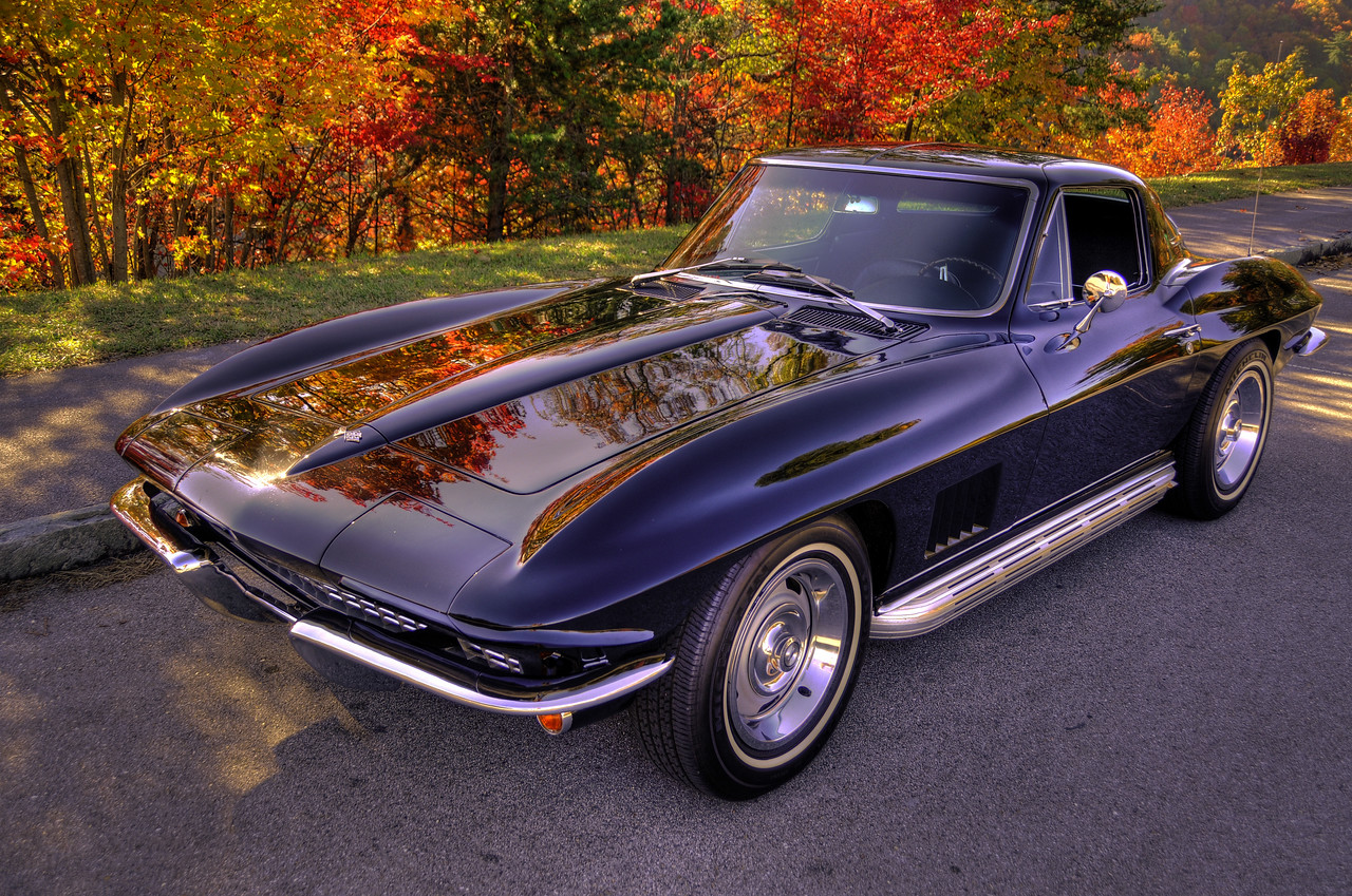 1967 Corvette Sting Ray Coupe, 327 CID, 300HP, Black on Black. Smoky Mountains, Tennessee