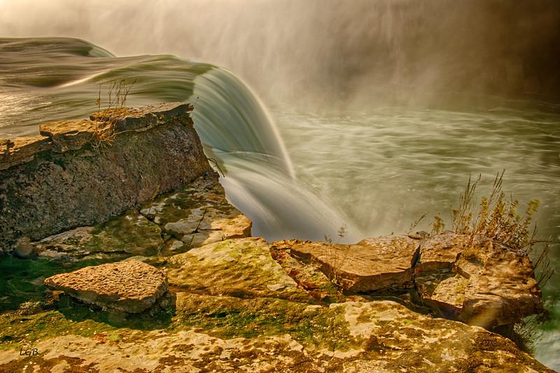 Horseshoe Falls.  Corner on American side.