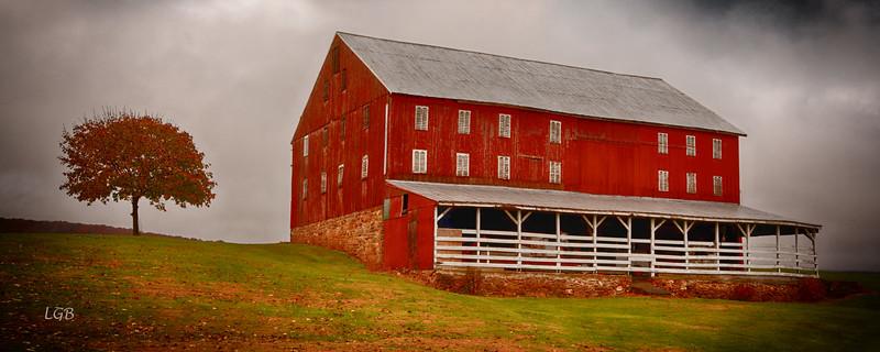 Barn on Highway 15, PA