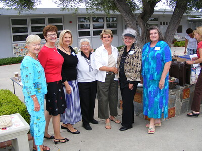 Former Teachers from our Mariners Elementary Schooldays attended our mini mini-reunion on the morning of August 3, 2008. Pictured here from left to right are: Shirley Boezinger (Kindergarten); Jeanine Bedard (2nd Grade); Sue Asnon Allen; Franky Cote (1st Grade); Marilyn Slaughter (1st Grade); Trish Wood (2nd Grade); and Susan White (who was Mrs. Miller when we were in the 4th Grade).