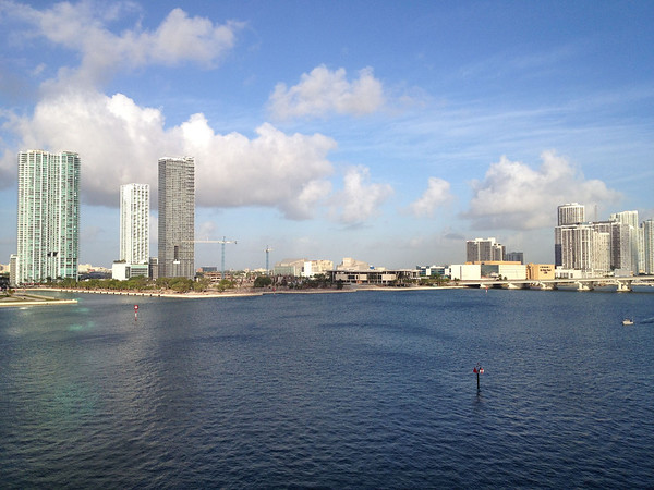 In the middle is the new Perez Art Museum Miami and to the right is the old Miami Herald building which is being torn down to make way for a casino.