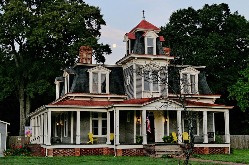 McColl - Downtown Mansion and Full Moon