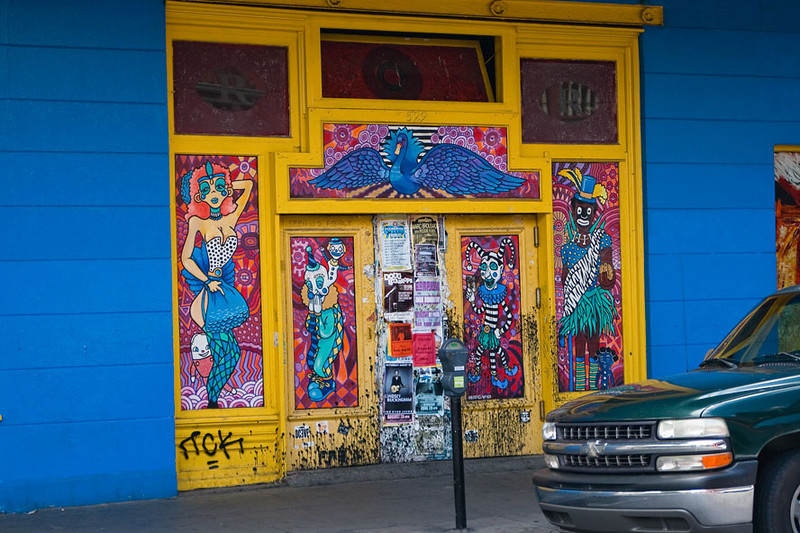 Colors are abundant along the old french quarter area.