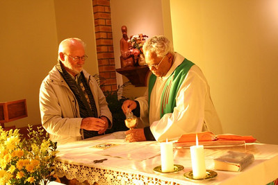 At the Generalate in Aliwal North Br. Bona Schmedes and Fr. Anthony Austin take part in morning Mass.